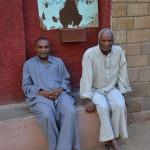 Nubisk_landsby_menn_moske