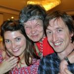 Ikke noe å si på humøret til disse tre - Ingrid, Anne og Erik :-)